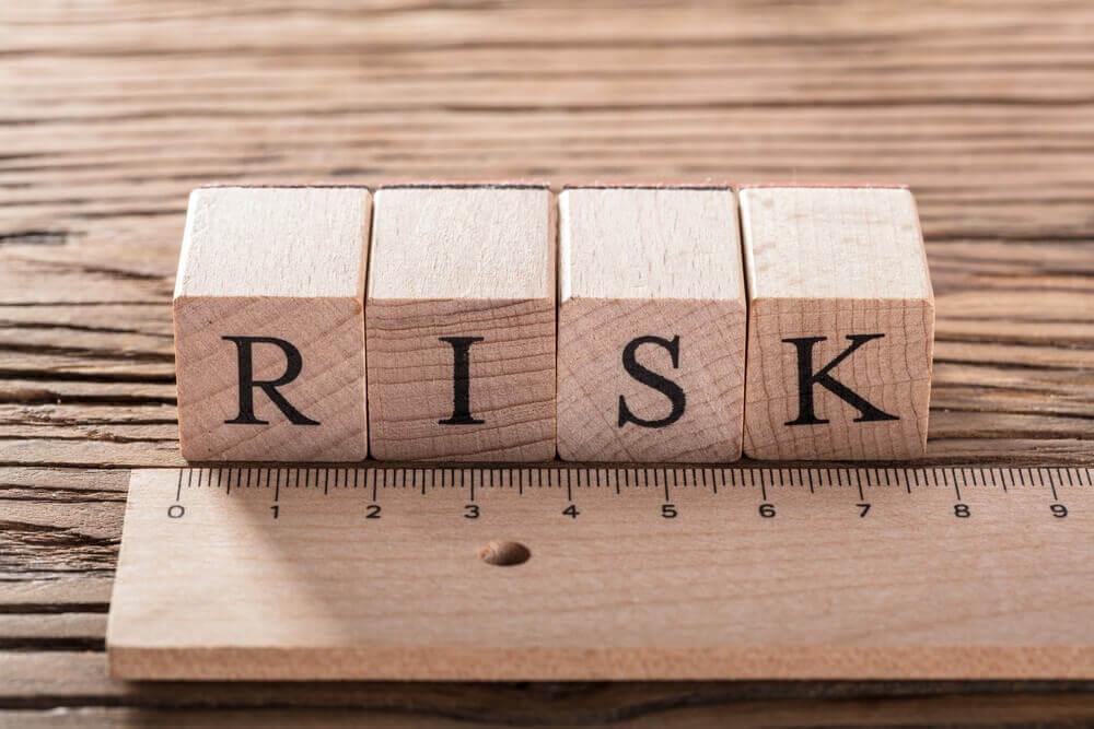 resiko utang jangka panjang