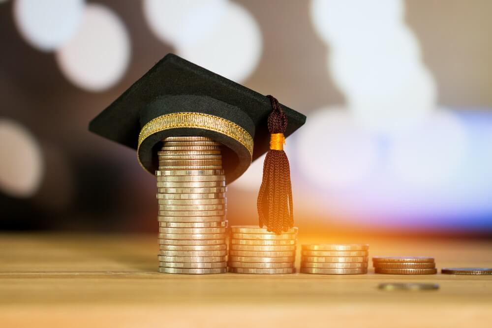 tips mengelola biaya pendidikan anak dan penghitungannya