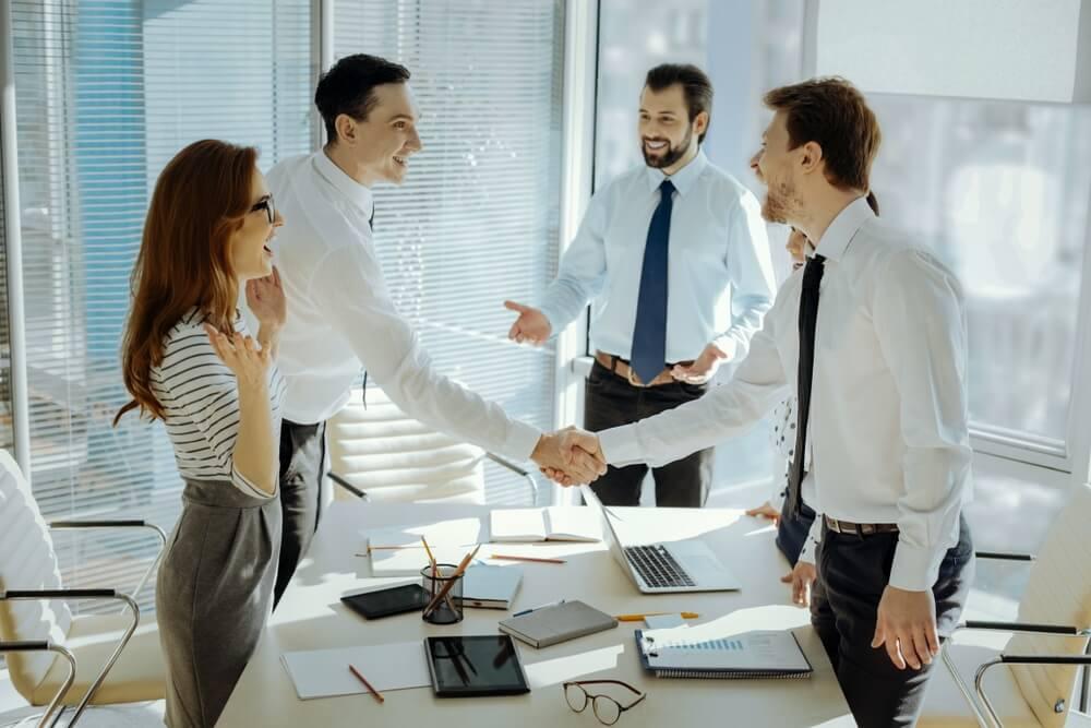 solusi atau langkah yang ditempuh wirausaha untuk mengatasi kendala usaha