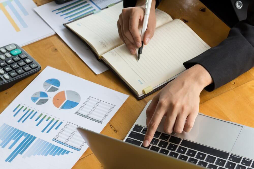 konsep bisnis dan manajemen